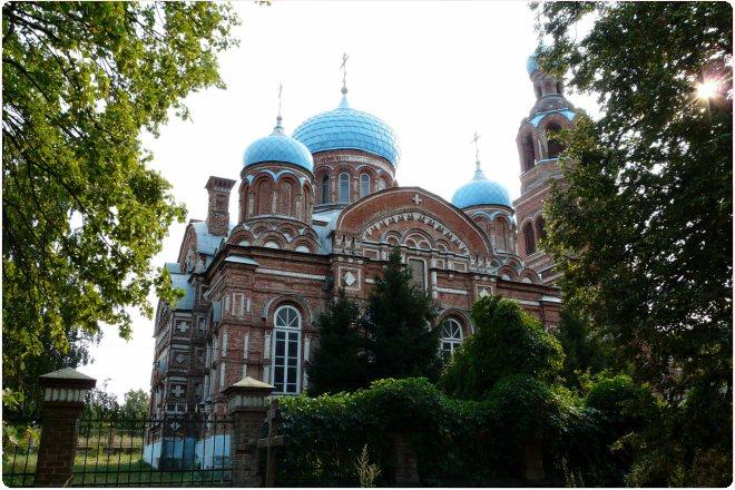 Монастырь в селе Смолдеярово (89.68КиБ)