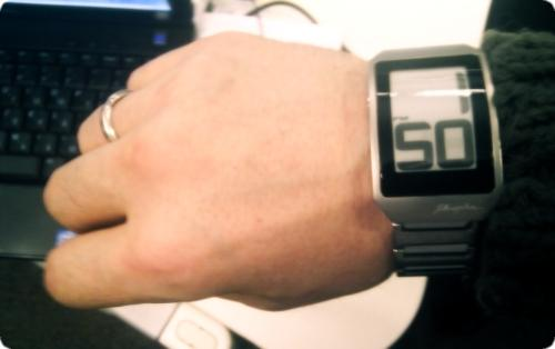 Часы с e-ink (14.53КиБ)