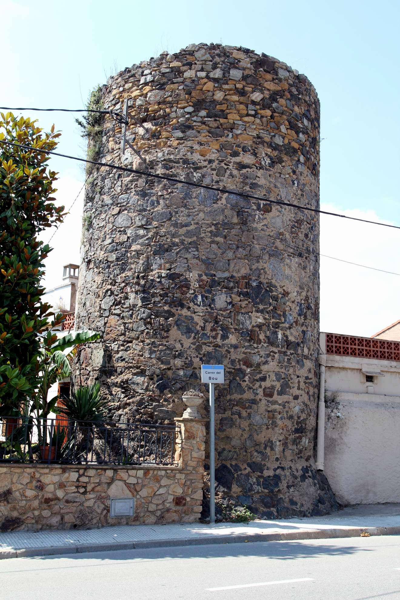 Torre de Mas Galtés (374.44КБ)