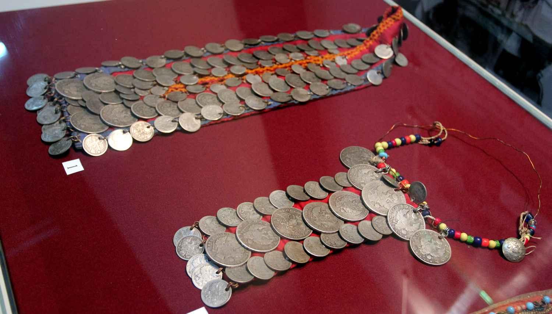 Украшения из монет (79.64КБ)